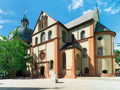 Neumünster Collegiate Church (c) CTW (c) Andreas Bestle
